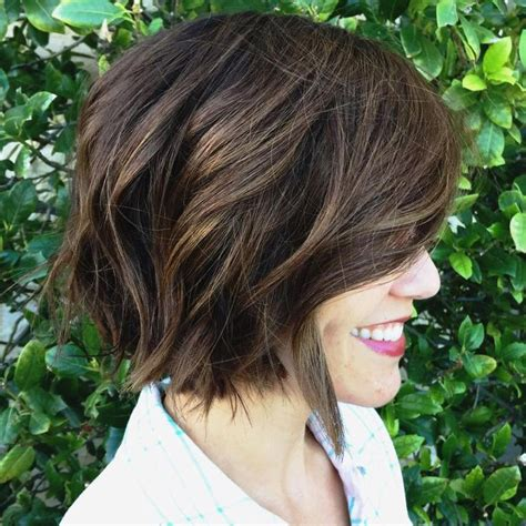 trendy hairstyle looks like a herringbone but with rubberbands 60 messy bob hairstyles for your trendy casual looks