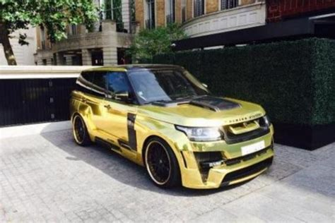 gold chrome range rover gold range rover dazzles londoners as it parks up in
