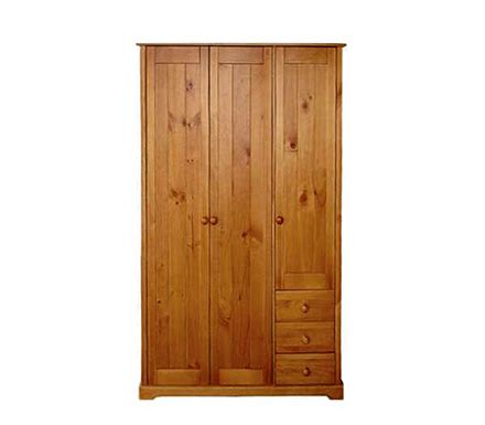 Wardrobe Sizes Uk by Lpd Limited Baltic 3 Door Wardrobe Review Compare