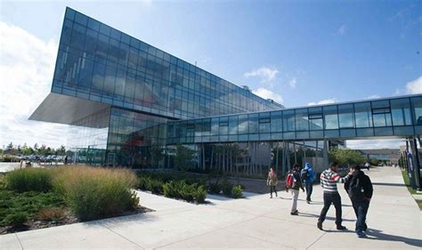 Mba Programs In Ontario by Top 10 Universities In Canada For Masters In Biotechnology