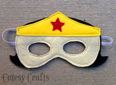 pattern for felt superhero mask girl felt superhero mask templates cutesy crafts