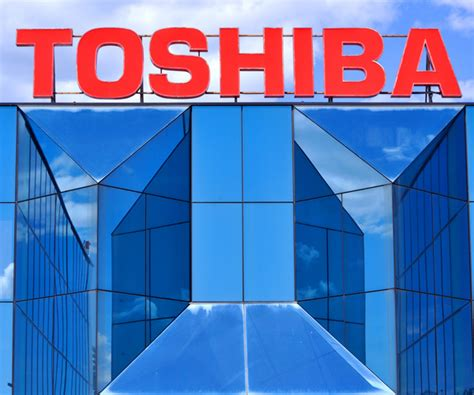 toshiba earnings report toshiba earnings report signals trouble for company