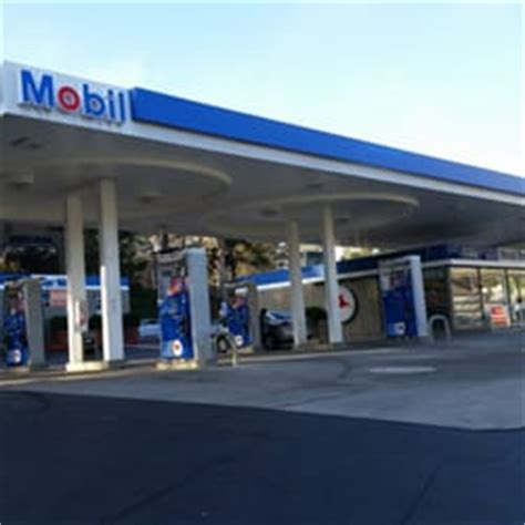 mobil gas station near me mobil gas station and car wash 14 photos 39 reviews