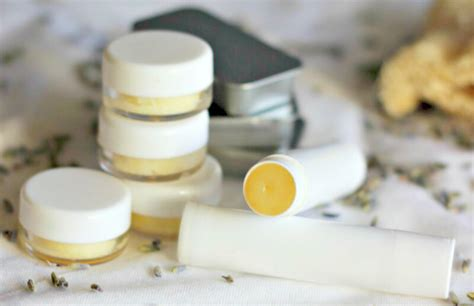 Handmade Lipbalm - lip balm with coconut lavender honey