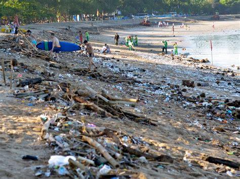 dirtiest polluted beaches   world insider