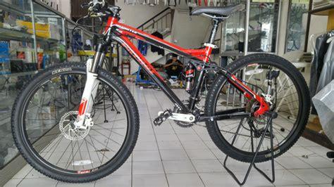 Helm Sepeda Merida Sepeda Mtb 26 Patrol 411 Rp 5 400 000 Toko Sinar Baru