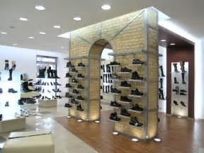 best 20 shoe store design ideas on shoe shop