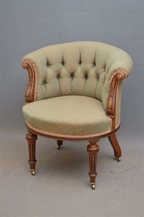 victorian armchair fine quality victorian walnut armchair antiques atlas