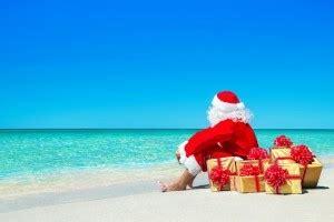 imagenes de santa claus en la playa how to make gift giving actually delightful on family