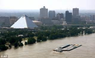 tow boat jobs in memphis tn mississippi flood residents warned watch out for snakes