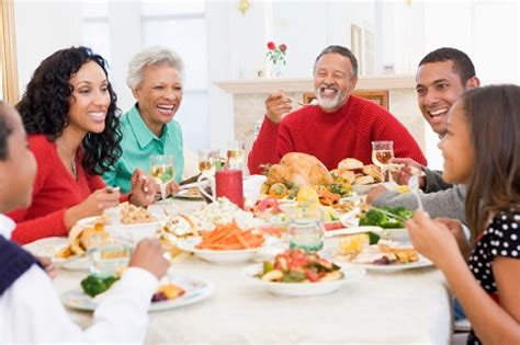 family dinner 4 secrets of happy families and how you can apply them