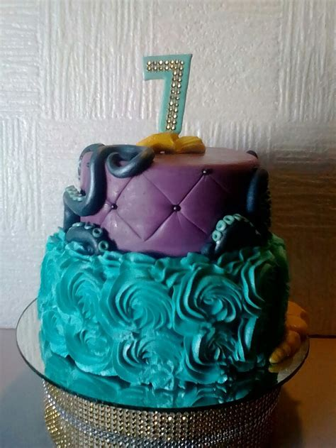 best 25 descendants cake ideas on desendants cake decendants cake and descendants