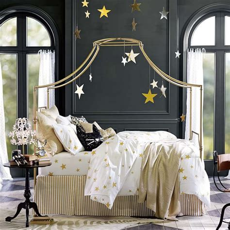 French Country Pottery - 3 ways with canopy beds family living 2014 lonny