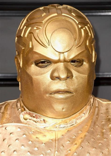 ceelo green paints  gold  grammys  check