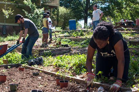 Community Garden Atlanta by It Takes A Garden To Raise A Community Homestead Guru