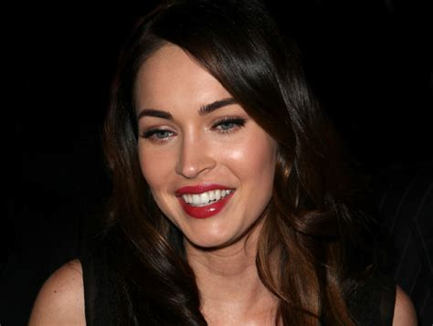 megan foxs makeup how to get her skin bold lip exact look get megan fox s wide eyed look her world