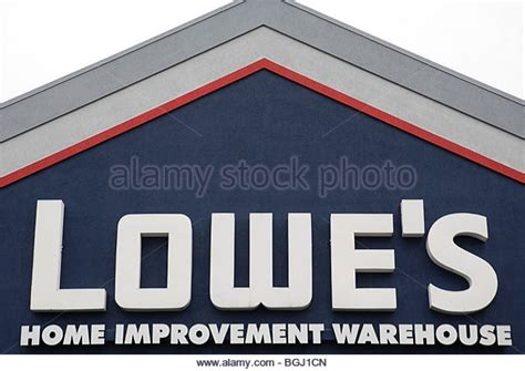 lowes sign home improvement stock photos lowes sign home
