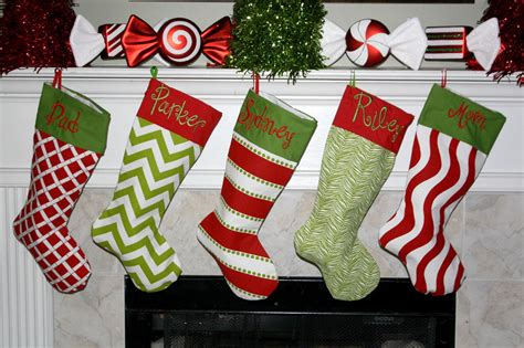 monogrammed christmas stockings slapdash monday treasures november 14th 2011
