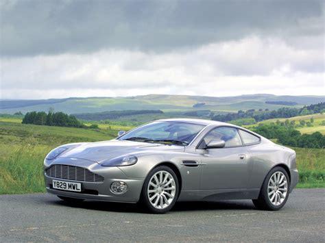 2000 Aston Martin by 2000 Aston Martin V12 Vanquish суперколи авто новини