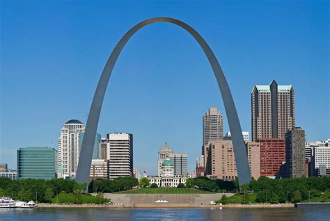gateway arch the twisted history of the gateway arch history smithsonian