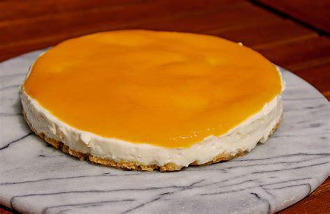 philadelphia kuchen einfach philadelphia torte mit pfirsichp 252 ree rezept mit bild