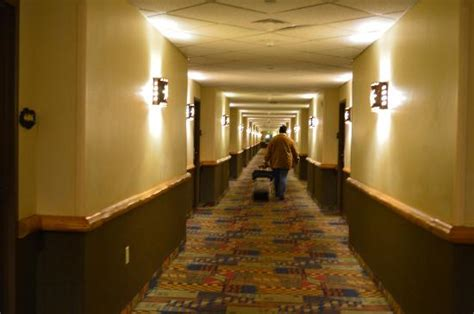 ohio rooms hallway to the room picture of kalahari resorts