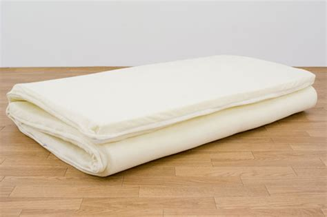 Thin Futon by Buying A Mattress Babycentre Memory Foam Mattress Topper