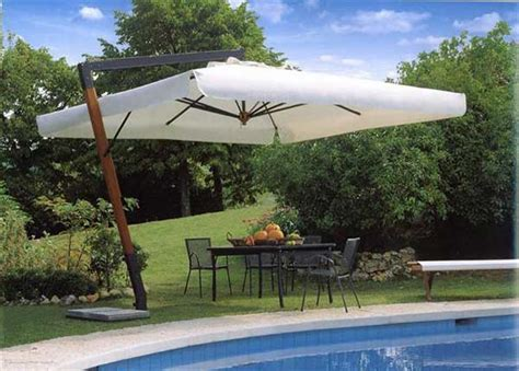 prezzo ombrelloni da giardino ombrelloni da giardino materiali opinioni e prezzi il