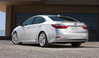 lexus es australian return confirmed for mid size luxury