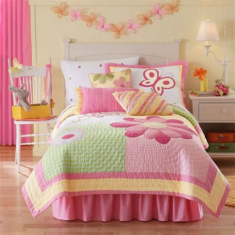 pink and yellow comforter sets 95 best bedspreads and comforters images on pinterest