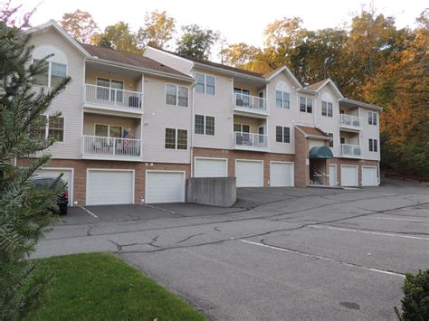 walden bookstore in trumbull ct tashua terrace condos trumbull ct 55 age restricted co
