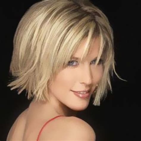 dirty blonde bob hairstyle with peek a boo highlights 25 best ideas about asymmetrical bangs on pinterest