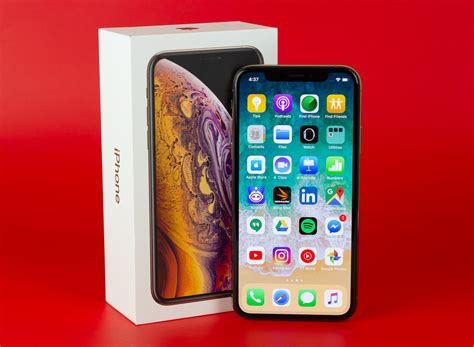 apple iphone xs review apple s best is expensive it world canada news