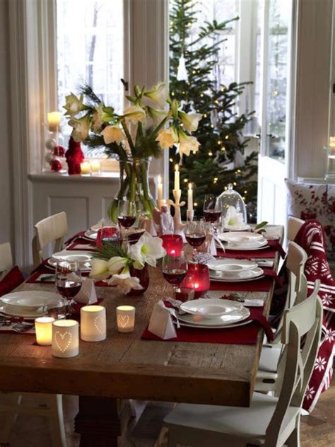how to set a christmas table 45 diy christmas table setting centerpieces ideas