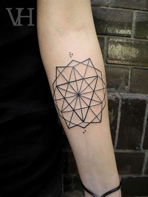 pattern of tattoo geometric tattoos damn cool pictures