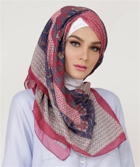 Fashion Segi Empat Jual Kerudung Segi Empat Casual Motif Printed Qaifa Zoya