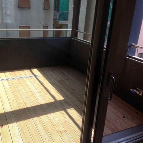 pavimenti in legno da esterno prezzi prezzo pavimento da esterno in larice siberiano