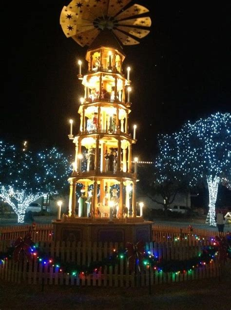Fredericksburg Tx Christmas I Can T See Texas From Here Tree Lights History