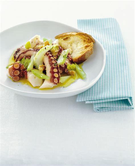 come cucinare piovra ricetta insalata di piovra con sedano e noci sale pepe