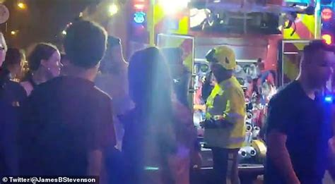lil pump rock city fans flee in panic as lil pump concert is evacuated