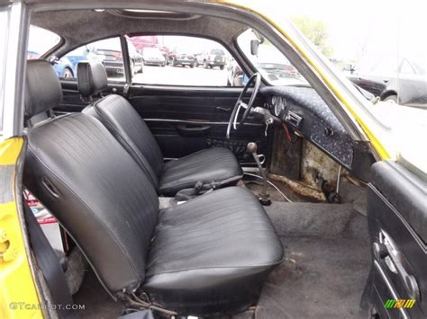 Karmann Ghia Interior by 1971 Volkswagen Karmann Ghia Coupe Interior Photo