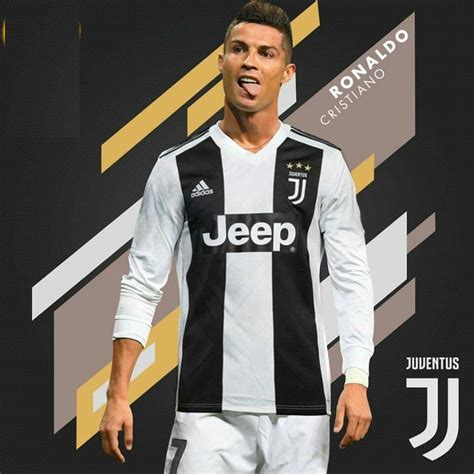 ronaldo juventus new contract cristiano ronaldo signs for juventus after passing