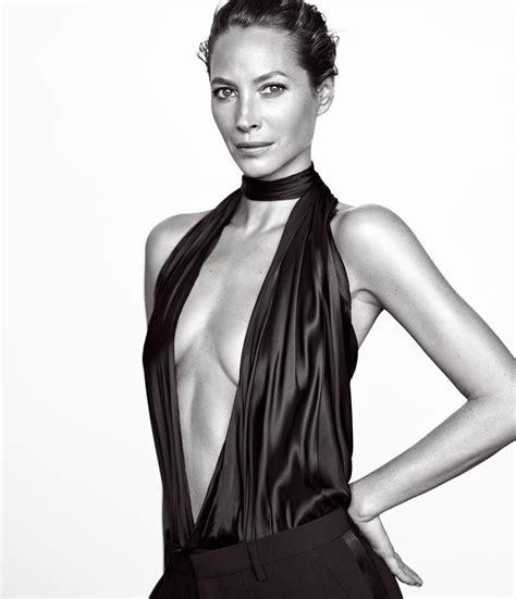 Turlington In V Magazine by Turlington Burns From Supermodel To Activist St