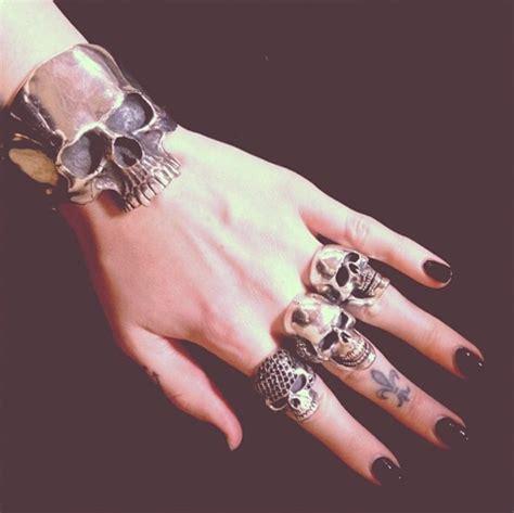 jewels bracelets skull skull ring skull bracelet