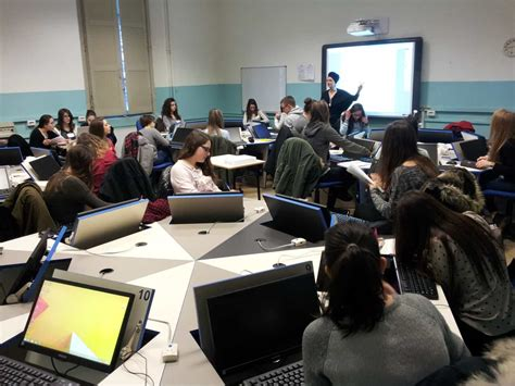 istituto adelaide cairoli pavia a scuola di webradio shareradio