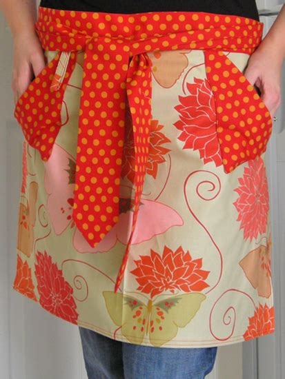 Handmade Apron - addicted to aprons domestic adventure