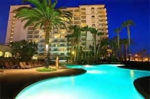 Good Hotels On Pacific Coast Highway #4: Hilton-waterfront-beach-resort.jpg