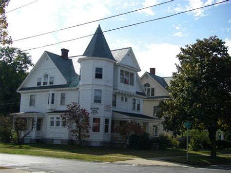1 bedroom apartments plattsburgh ny manor house apartment rental at 127 court street