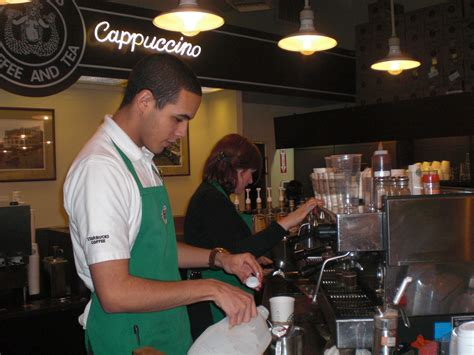 file baristas starbucks jpg wikimedia commons
