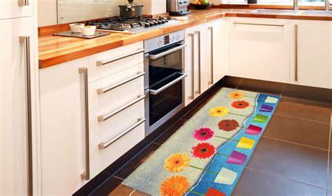 tappeti cucina stuoia cucina con vasi di fiori kitch flower power